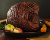 SMOKED HAM WITH APRICOT-MOLASSES GLAZE